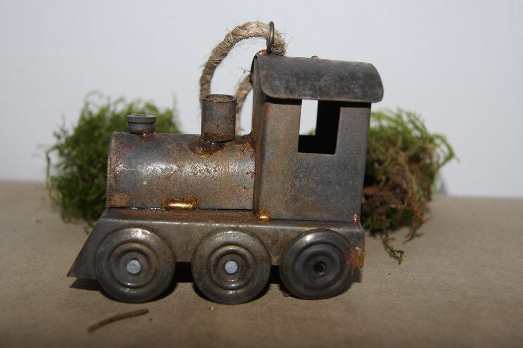 Lokomotive aus blech deko tischdeko for Deko aus rostigem blech